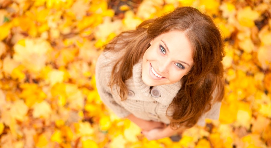 istock_000017300744_large-woman-in-leaves